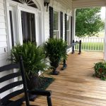 ab21b3f253420bbeb6a97ccc1c69daaa-southern-front-porches-charleston-front-porch.jpgbt